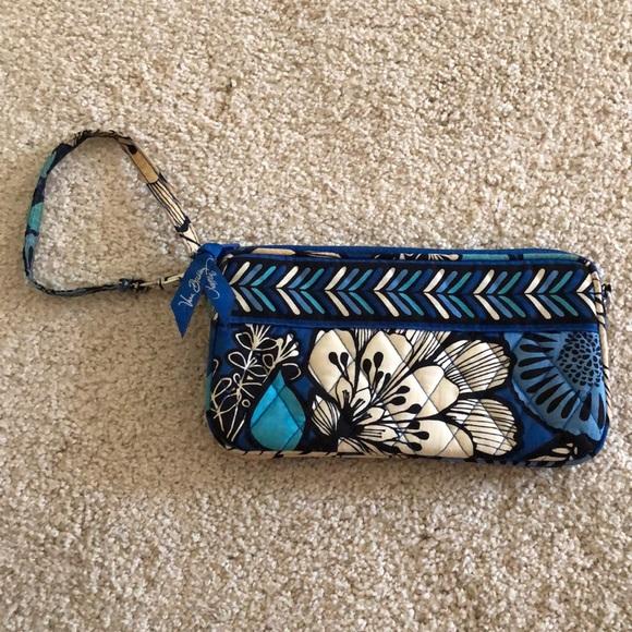 Vera Bradley Handbags - Vera Bradley Blue Bayou Wristlet